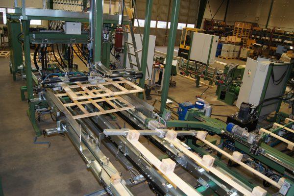Maszyna montujaca (11)