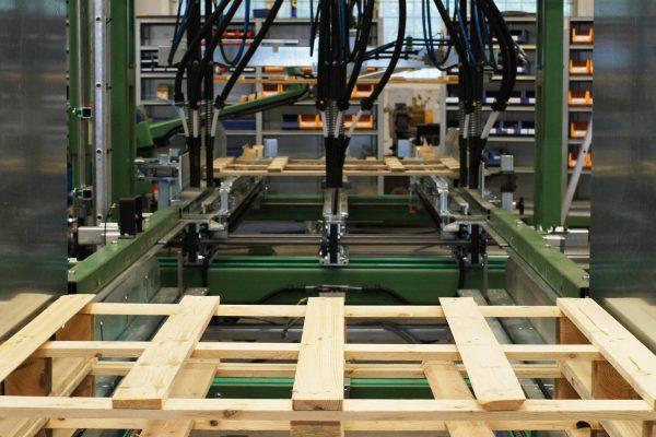 Maszyna montujaca (13)
