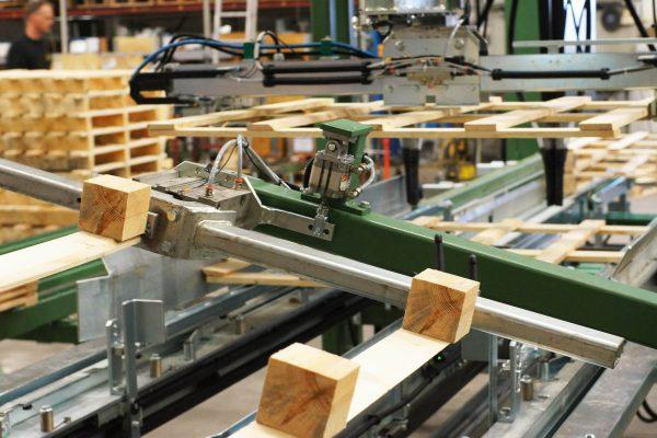 Maszyna montujaca (14)