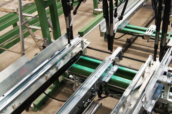 Maszyna montujaca (4)