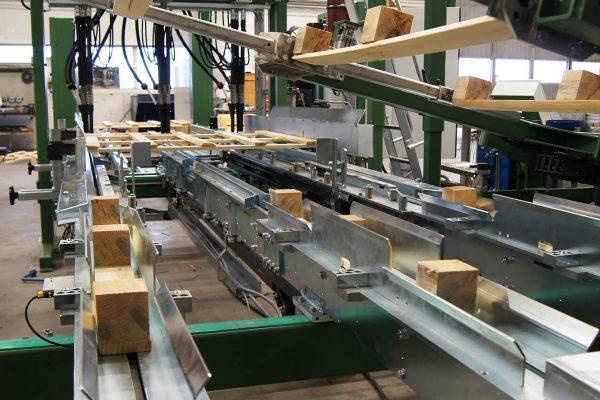 Maszyna montujaca (7)