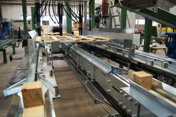 Maszyna montujaca (8)